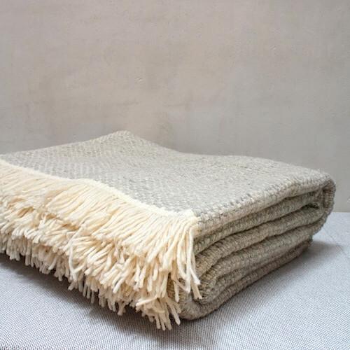 Debdou blanket flip